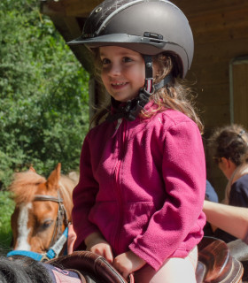 STAGES PONEY (VACANCES SCOLAIRES)